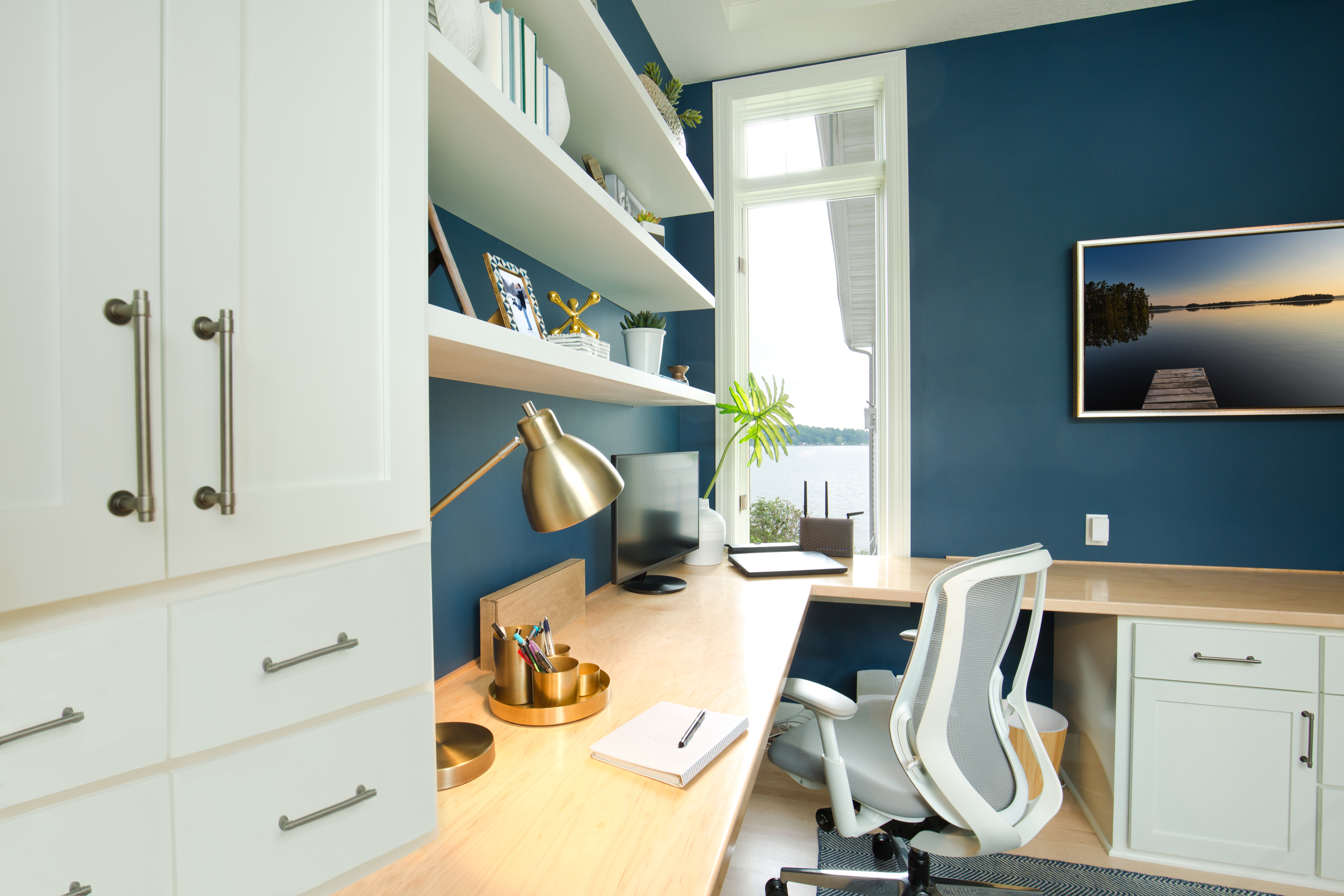 CONESTOGA WOOD MAKES LIKING TO WORK AT HOME…LOVING TO WORK AT HOME